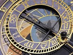 orloj-1102369_960_720